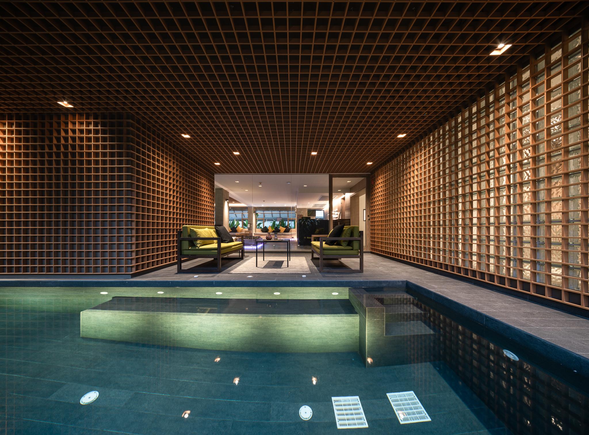 Budget Resorts
